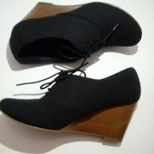 Chlesea Crew Black Booties - EU 39/US 9 or 9.5
